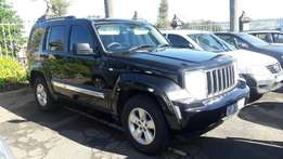 A Bargain 2013 Jeep 3.7 Cherokee Auto 4x4 with all extras, FSH by jeep