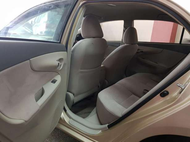 Toyota Axio Gold colour KCM number 2009 model loaded with alloy r Mombasa Island - image 1