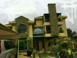 FABULOUS, 6 bedroom with SQ house for sale in kahawa sukari