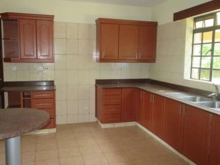 Captivating 4 Bedroom House For Rent, Karen, Karen - image 3