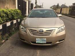 First body Toyota Camry (2008) in an excellent working condition