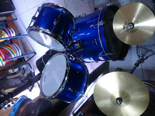 Junior drum set 38k Parklands - image 2