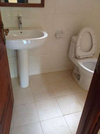 Master en suite three bedroom to let in Ruaka Ruaka - image 3