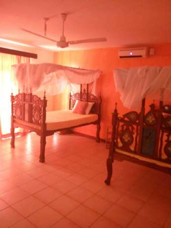 Classic furnished 4br villa all ensuite in nyali short distance to bch Nyali - image 4