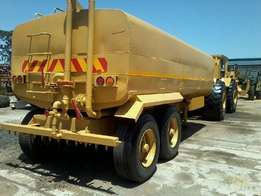 2406 TL4C Bell Tow Tractor, 18000litre water tanker.
