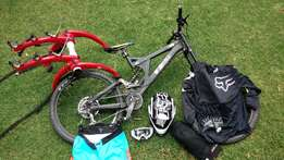 Specialized BigHit2 DH MTB, Full Gear, Many Extras