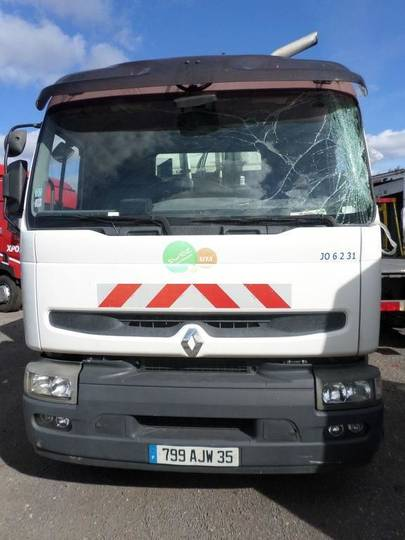 Renault 320 DCI - 26 MS - 2004