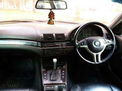 Bmw 318i,auto,yr 2000,mint condition.trade in ok Karen - image 2