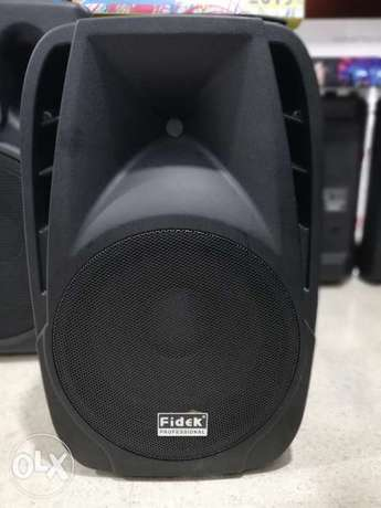 fidek powered speaker 12 inch,200w,new not used