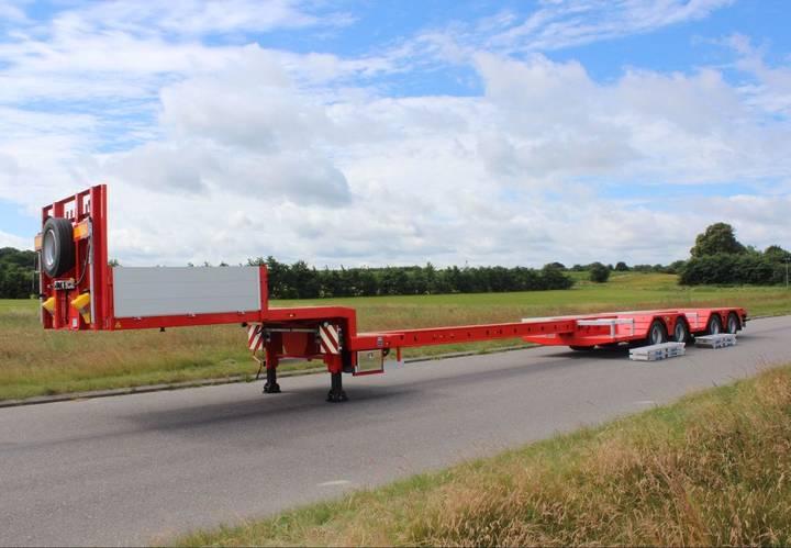 AMT New  UN340 platform semi-trailer