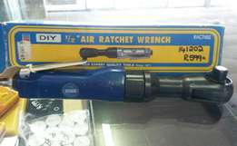 FOR SALE : Air Rachet Wrench