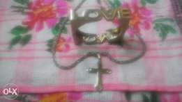 Chain with pendant and banlge
