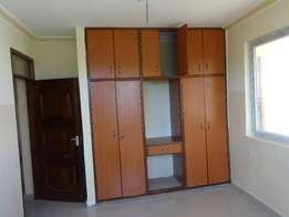Modern spacious 3 bedroom apartment near Nakumatt nyali