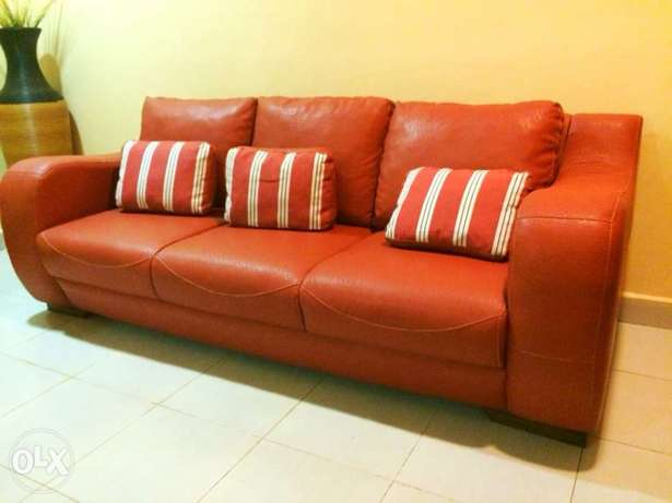 3 seater leather sofa imported Kampala - image 2