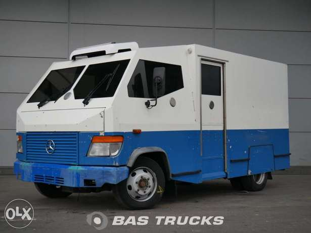 Mercedes 815D Vario - To be Imported Lekki - image 1
