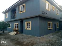 Lovely 4 bed room fully detached house plus 2 room bq for sale