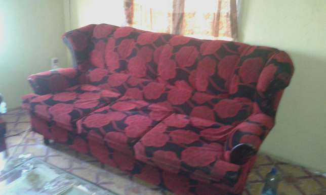 sofa set for sell Tudor - image 5