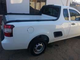 Bakkie for hire for furniture removal and collection