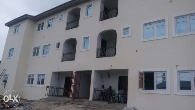 To Let: Nice 3-Bedroom Flats at Ajah, Lekki Lekki - image 1