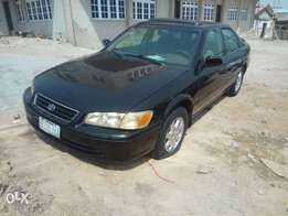 clean toyota camry fish light for urgent sale
