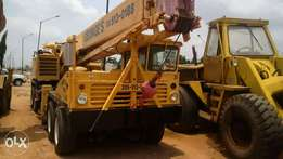 30tons Groove crane, Hydraulic system.Tokunbo