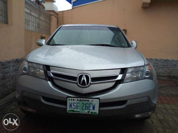Extremely clean Acura MDX 2008 2month used Surulere - image 2