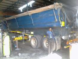 Hydraulic installation and cylinder repairs on all makes of trucks