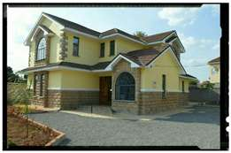 Unique 6 br plus sq house for sale in kahawa sukari