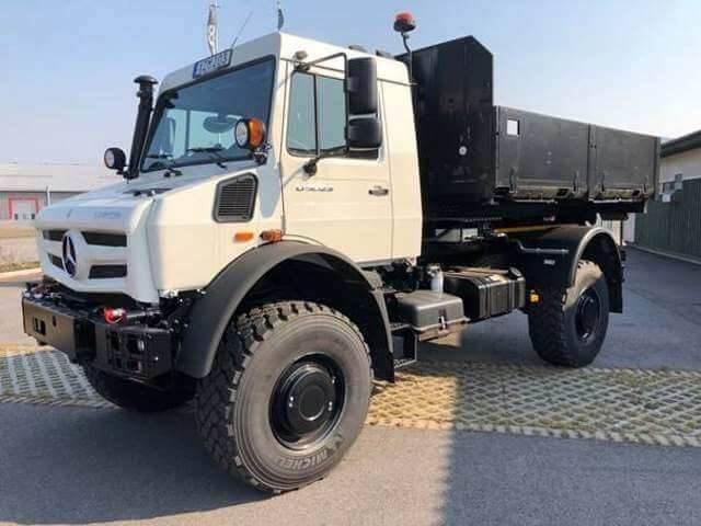 Unimog 5023 - U 5023 437 Mit Abrollkipper Mercedes