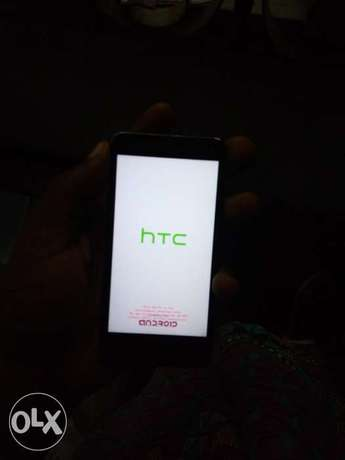 Htc m7 at a giveaway priceb Warri South - image 1