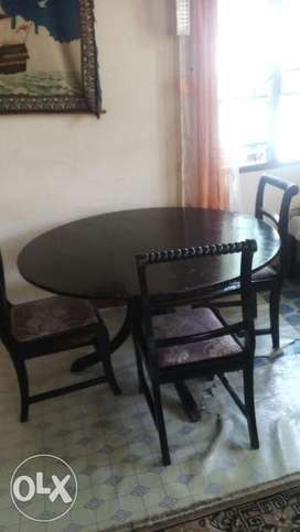 Kenya Dining Table With 3 Seats