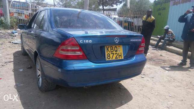 Mercedes Benz C 180 Kompressor ,extremely clean. Buy and drive Embakasi - image 6