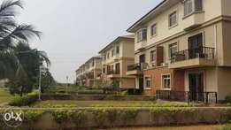 Exquisite 4 Beds Semi D/H in Banana Island Ikoyi