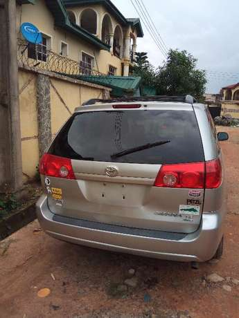 Toks Sienna LE 2008 Direct Lagos Mainland - image 3