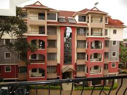 Spacious 3 bedroom apartment (Master En-suite) plus Dsq