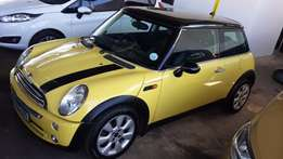 2007 Yellow BMW Mini Coope 1,6 for sale