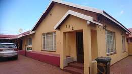 3 bedroom home in turffontien for sale