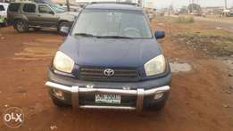 Toyota RAV4 (02/03) in perfect condition