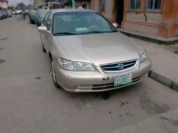 Registered Honda Accord, 2001 model. Yaba - image 4