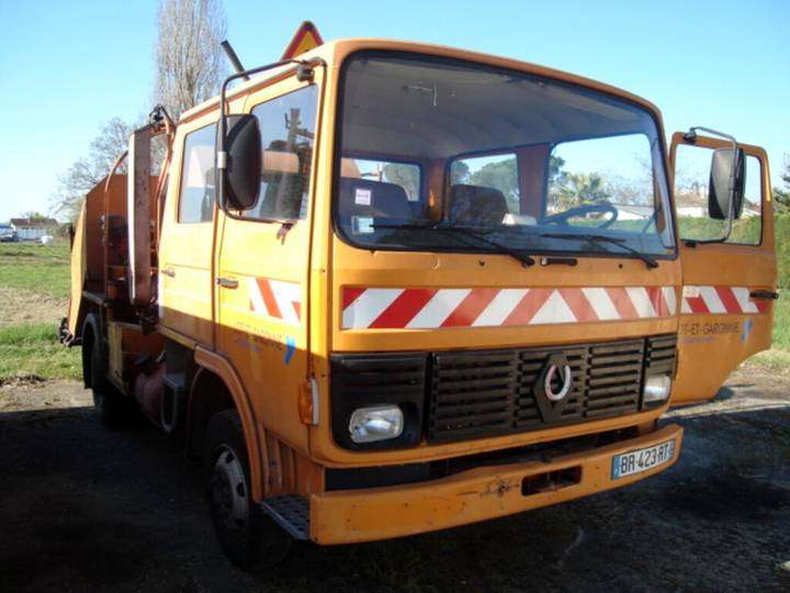 Renault BR-423-RT - 1984