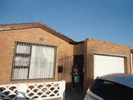 Lovely 5 Bedroom home for sale in Portlands Mitchells Plain