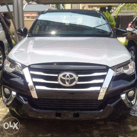 Band New Toyota Fortuner 2017 Model Wuse II - image 1