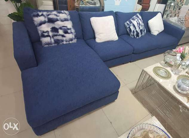 L shape sofa very covartble contact whatsapp please free delivery
