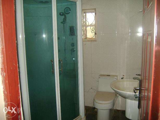 clean 4bed duplex for rent at cheap price wit bq Lokogoma - image 7