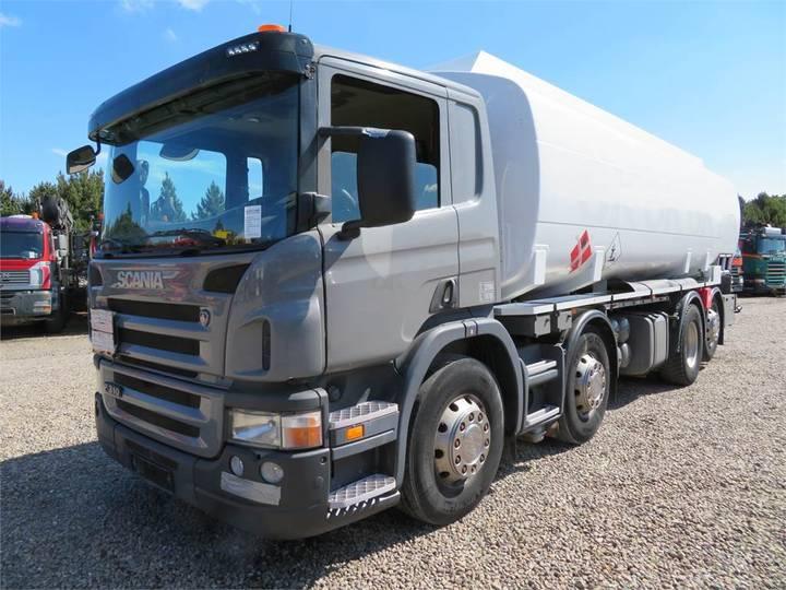Scania P310 8x2*6 24.500 L Adr - 2006