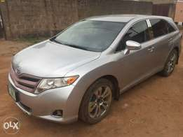 Few months used Toyota Venza 2013 forsale