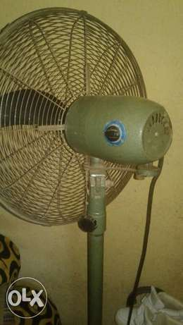 OX standing fan Lagos Mainland - image 3