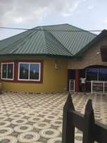 3 bedroom semi detach house eastlegon hills
