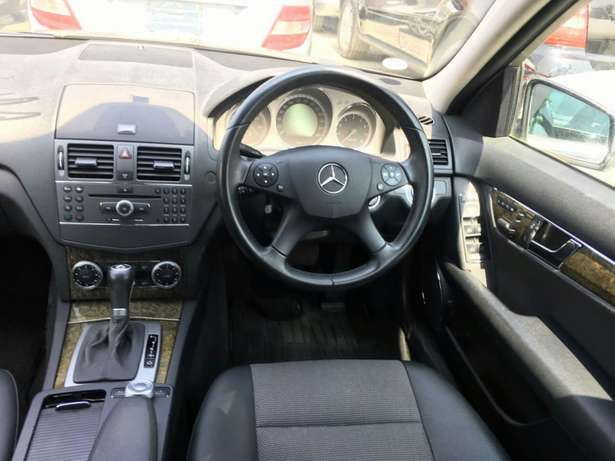 Mercedes C300 Hurlingham - image 5