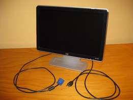 MAKE OFFER - HP Widescreen LCD Monitor w1907